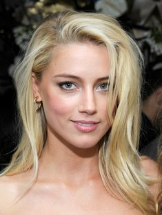 Amber Heard pulling off a disheveled hairstyle. LOVE! #beauty