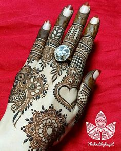Simple and easy mehndi designs for hands Khafif Mehndi Design, Mehndi Designs Book, Indian Mehndi Designs, Mehndi Designs 2018, Modern Mehndi Designs, Mehndi Designs For Fingers, Mehndi Design Pictures, Mehndi Images, Mehandi Designs