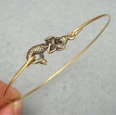 mermaid.i love these kinds of bracelets!