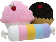 A collection of funny and cerative pillows. A collection of funny and cerative pillows. - Creative - Check out: Funny Pillows on Barnorama Candy Pillows, Food Pillows, Cute Pillows, Kids Pillows, Throw Pillows, Felt Crafts, Diy And Crafts, Sewing Crafts, Sewing Projects