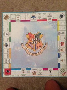 i might actually play monopoly if i had this. Harry Potter Monopoly, Harry Potter Props, Harry Potter World, Slytherin, Hogwarts, Harry Potter Accesorios, Sorting Hat, Mischief Managed, Nerdy
