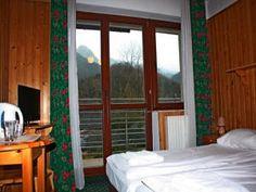 Willa Halka pokoje gościnne w centrum Zakopane góry Tatry wakacje Spa, Windows, Window