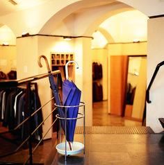 Platea Umbrella Stands - http://magnusongroup.com/products/umbrellastands/platea.html
