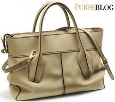 Tods-D-Bag-Shopping