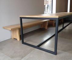 Afbeeldingsresultaat voor eettafel stalen poten u frame Entryway Tables, Desk, Living Room, Architecture, Furniture, Home Decor, Google, Writing Table, Arquitetura