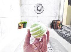 Our Aloe You Vera Much Bath Bomb 🌿 ⠀⠀⠀⠀⠀⠀⠀⠀⠀ 📸 @purrrmaiid