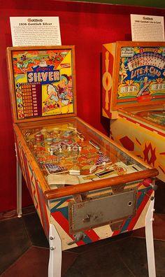 Vintage Pinball Machines