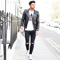 Check out Clean look by Tag us in your pictures for a chance to get featured. For daily fashion Fashion Moda, Grey Fashion, Daily Fashion, Mens Fashion, Ootd Fashion, Fashion Guide, Classic Leather Jacket, Leather Jacket Outfits, Leather Jackets