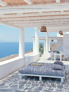 House in the Cyclades Outdoor Spaces, Outdoor Living, Porch And Terrace, Greek House, Mediterranean Decor, Beach Cottages, Coastal Living, Architecture, My Dream Home