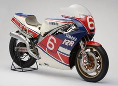 1984 Yamaha FZR 400