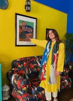Pakistani Fashion Party Wear, Pakistani Wedding Outfits, Pakistani Dresses Casual, Ladies Shirts Formal, Pakistan Street Style, Beautiful Pakistani Dresses, Simple Kurti Designs, Iqra Aziz, Ethnic Outfits
