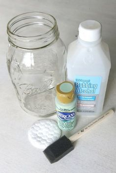 Clear glass mason jar sitting next to bottle of rubbing alcohol, craft paint, foam paint brush and cotton pad jar Crafts How To Paint Mason Jars - Making Manzanita Mason Jar Projects, Mason Jar Crafts, Mason Jar Diy, Diy Crafts Jars, Mason Jar Vases, Rustic Mason Jars, Bottles And Jars, Homemade Crafts, Ideas With Mason Jars