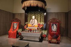 """If you cannot settle whether God has form or not then pray in this way: """"O Lord I cannot understand whether Thou art with form or without. Whatever mayst Thou be have mercy on me. Do reveal Thyself unto me.""""  Sayings of Sri Ramakrishna (Photo: Sri Ramakrishna Ramakrishna Mission Delhi - 22 Jan 2016) #sriramakrishna #realization #God - http://on.fb.me/1UyLydu"""