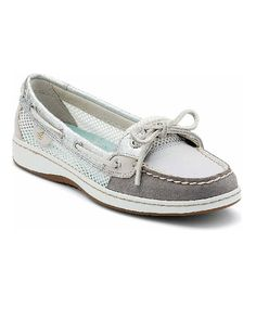 Get nautical with Sperry Top-Sider! The Rainbowfish is a classic boat shoe with a colored lace and stretch panel for a trendy twist on an old favorite. Nubuck upper 2-eyelet lace closure with elastic                                                                                                                                                      More