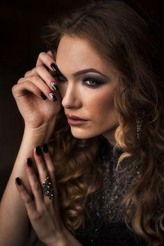 Black mermaid dress #fashion #fashionblogger #blackdress #longdress #black #nails #blacknails #silver #makeup #smokey Black Mermaid Dress, Black Nails, Rings For Men, Make Up, Casual, Silver, Dresses, Fashion, Vestidos