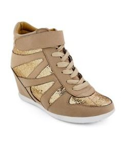 new styles 62293 8ea12 Cute Shoes Heels, Nike Shox, Wedge Sneakers, Crazy Shoes, New Fashion,  Fashion Shoes, Converse, Curves, Sports