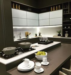 Should You Do Your Own Kitchen Remodeling - Kitchen Remodel Ideas Kitchen Cupboard Doors, Modern Kitchen Cabinets, Kitchen Interior, Kitchen Storage, Luxury Kitchens, Cool Kitchens, Small U Shaped Kitchens, Best Kitchen Designs, Kitchenette