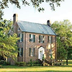 Home exterior ideas southern living metal roof 46 Ideas for 2019 Southern Homes, Southern Living, Country Homes, Low Country, Southern Charm, Country Chic, Style At Home, Villas, Gazebos