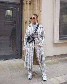 Instagram Ootd, Stylish Outfits, Duster Coat, Photo And Video, Jackets, Grunge Style, Clothes, Instagram, Women