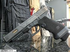 Weapons Guns, Guns And Ammo, Glock Mods, Custom Glock, Hidden Gun, Assault Weapon, Tac Gear, Fire Powers, Cool Guns