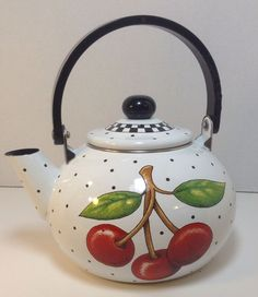 Teapot Mary Engelbreit Cherry Cameo Decorative Metal ME Teapot Lid 2001 Cherries Jubilee, Cherry Kitchen, Red Cottage, Mary Engelbreit, Teapots And Cups, Sweet Cherries, Cherry Tree, Chocolate Pots, Tea Time