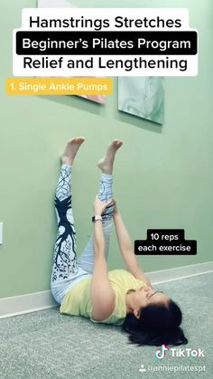 Stretches For Tight Hamstrings, Yoga Poses, Pilates Poses, Fat Yoga, Beginner Stretches, Beginner Yoga, Cheer Workouts, Pilates For Beginners, Fitness Workout For Women