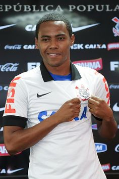 Sport Club Corinthians Paulista - Elias is back!