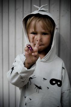 Tyrnifarmarit: Antman  Beau Loves Kids Photography Children Photography, Graphic Sweatshirt, Photo And Video, Sweatshirts, Face, Sweaters, Kids, Fashion, Young Children