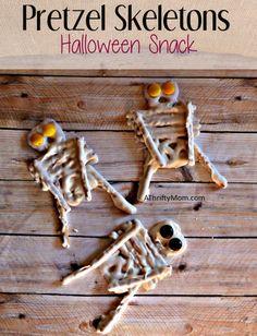 pretzel skeletons, halloween snack, #Halloween, #halloweensnack,#Halloweengoodies,#halloweenparty, #thriftyhalloweensnacks, #thriftysnackideas, #pretzels, #candycoating, #halloweencandy, #falltreatideas, #halloweentreats
