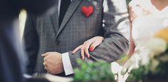 Felt heart brooch | Broche de coração de feltro
