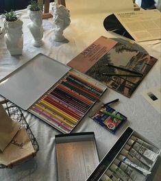 Art Hoe Aesthetic, Aesthetic Photo, Aesthetic Pictures, Art Du Croquis, Handy Wallpaper, Images Esthétiques, Art Inspo, Art Drawings, Random