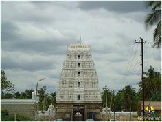 Shankara!: Mahaperiyava at Karvet Nagar!