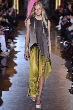 Stella McCartney - Paris Fashion Week SS 2016