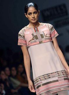 Wills Lifestyle India Fashion Week - AW13 : Kavita Bhartia (© Cameraworx)