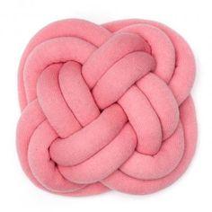 NotKnot-puden igen - her i rosa. (WhatWeDo - Umemi - T�rk's head - pastel pink)
