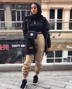 20 Ideas for fashion hijab casual beautiful – Mode – Hijab Fashion 2020 Hijab Fashion Summer, Modern Hijab Fashion, Street Hijab Fashion, Hijab Fashion Inspiration, Muslim Fashion, Mode Inspiration, Trendy Fashion, Modest Fashion, Modest Outfits Muslim