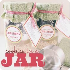 Not all homemade gifts require hours in the kitchen!  This easy cookie mix in a jar makes a fabulous and frugal gift for anyone on your list...