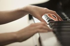 The piano is a tangible musical instrument. If you have the heart of a musician, you have to learn to play piano. You can learn to play piano through software and that's just what many busy individuals do nowadays. The piano can b Types Of Pianos, Keyboard Lessons, Playing Piano, Learn A New Language, Piano Lessons, Auditorium, Piano Music, Learn To Read, Good Night Sleep