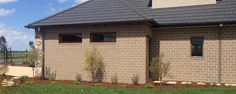 houses with austral biscotti wallaby roof black window Black Windows, Biscotti, Melbourne, Shed, Outdoor Structures, Outdoor Decor, Facades, House, Haus