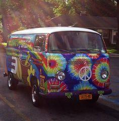 Images of hippie van images - Volkswagen Bus, Volkswagen Beetles, Vw Camper, Bus Engine, Bus Art, Hello Kitty, Gif Disney, Car Accessories For Girls, Hippie Life