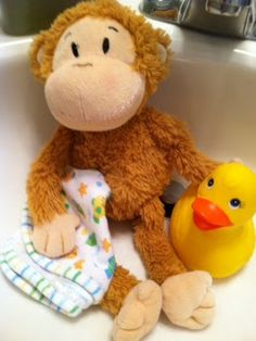 clean stuffed animals on pinterest washing stuffed animals clean bath toys and cleaning shoes. Black Bedroom Furniture Sets. Home Design Ideas