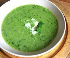 Mint & Pea Soup: 70 Kcals Per Serving www. Pea Soup, Light Recipes, Mint, Ethnic Recipes, Food, Skinny Recipes, Essen, Meals, Yemek