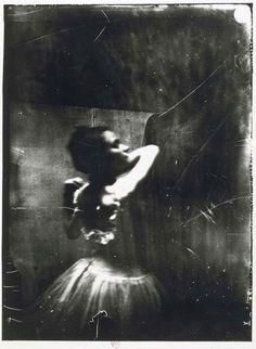 Edgar Degas       Dancer Adjusting Her Shoulder Strap, Paris      c.1900