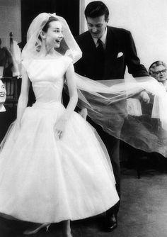 BEST FRIENDS Audrey Hepburn & Hubert de Givenchy  audreyhepburninblackandwhite:    Audrey Hepburn and designer Hubert de Givenchy (Funny Face, 1957)