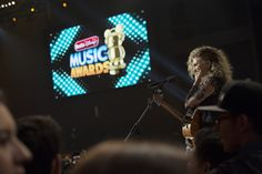 Should grown-ups care about the Radio Disney Music Awards? These guys say yes - LA Times