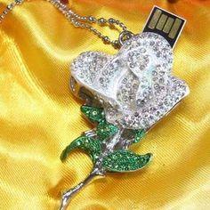 Pendrive Personalizado joia - Rosa Branca com pedras brilhantes R$70.00