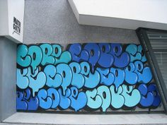 Fernando Carlo, known as is an American artist who has gained international credit for his work - throw-ups and also a wildstyle graffiti. Graffiti Art, Graffiti History, Graffiti Piece, Graffiti Words, New York Graffiti, Murals Street Art, Graffiti Lettering, Graffiti Furniture, Tableau Pop Art