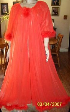 Vintage Jenelle Long Double Layer Chiffon Fur Peignoir Robe LG XL Bust 50 | eBay Fredericks Of Hollywood Lingerie, Vintage Nightgown, Peignoir, Night Wear, Chiffon Gown, Nightgowns, Sexy Lingerie, Natural Hair, Empire