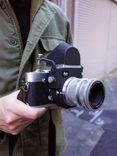 Vintage Camera tokyo camera style - Shinjuku Leica with Visoflex and Leica M, Leica Camera, Film Camera, Camera Lens, Old Cameras, Vintage Cameras, Very Nice Images, Camera Shop, Classic Camera