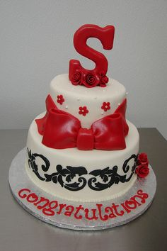 Shelby's Graduation Cake by Little Sugar Bake Shop, via Flickr